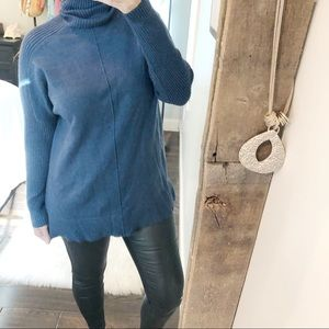 Time and Tru soft new blue cozy winter sweater